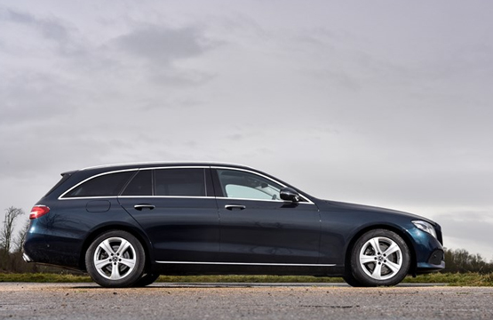 TBK Executive Cars - Airport Transfer and executive travel across Warwickshire